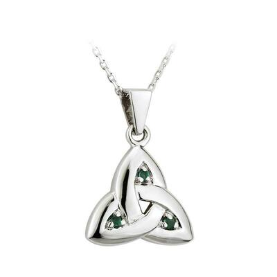 Pendant Celtic Knot with green stones and diamonds