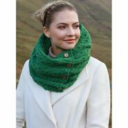 High quality knitted scarf, green