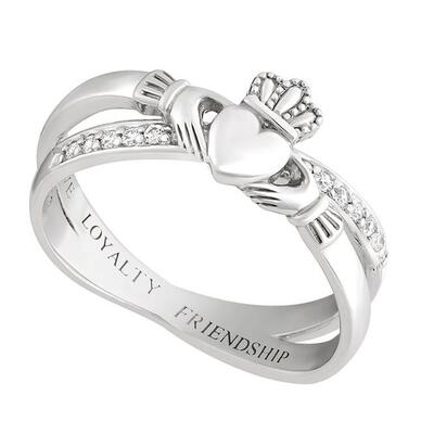 Ladies Claddagh Ring, kiss, sterling silver